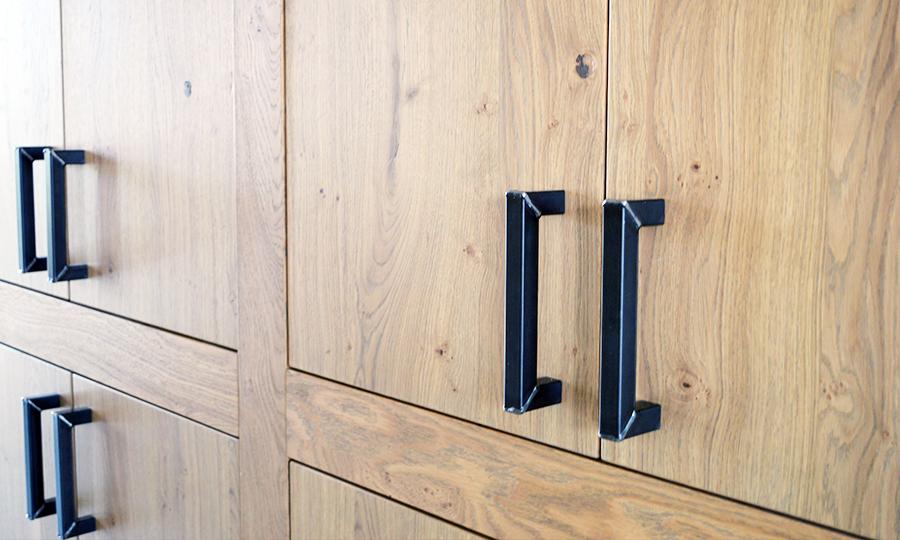 Zelfbouw woning Boomaweg Den Haag - fragment houten kast